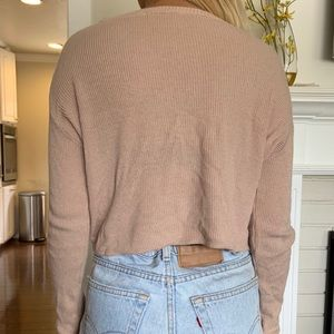 Brandy Melville Sweaters - Brandy Melville light pink sweater